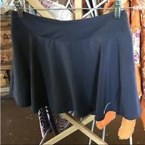 Flowy Nike tennis skirt